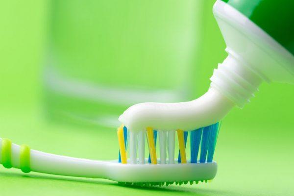 необычные способы применения зубной пасты